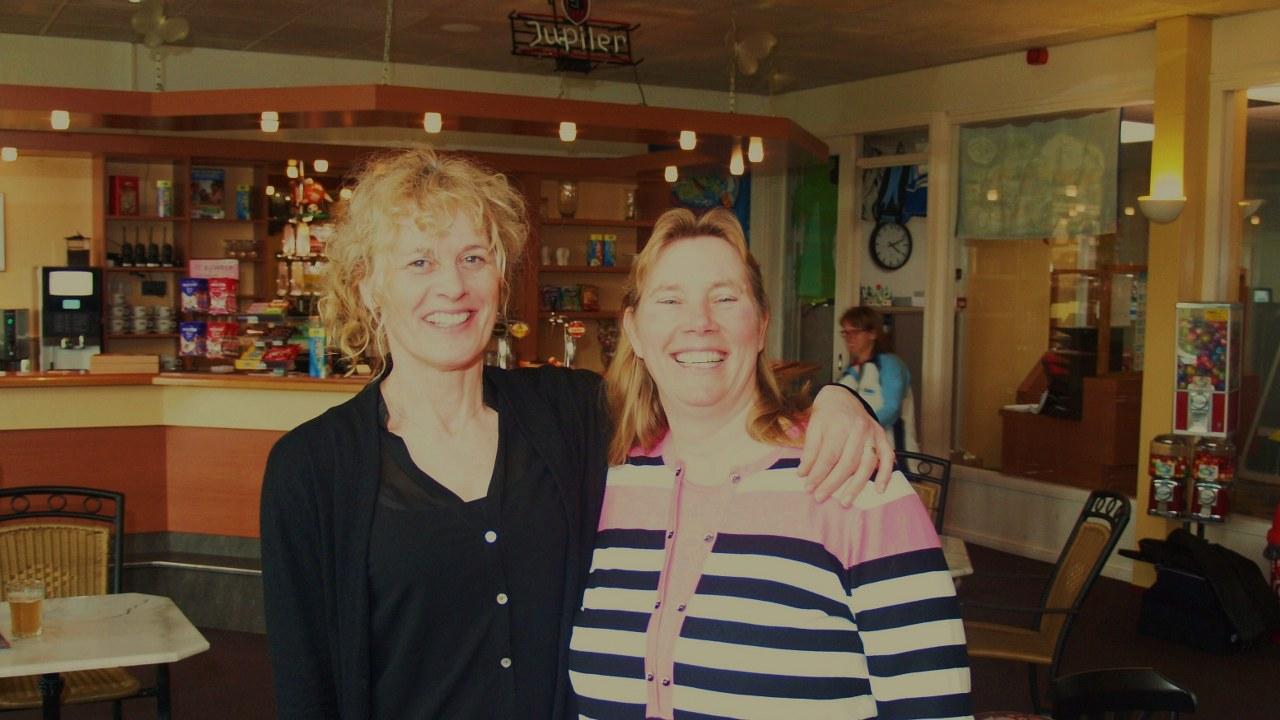 2e plaats damesdubbel: Sandra van Hees & Monique Verploegen
